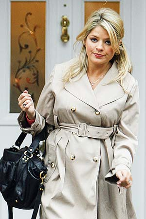 holly-willoughby-ppuk0012