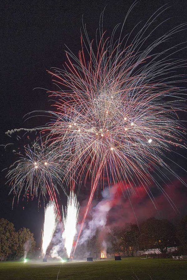 Cleeve School Fireworks 033