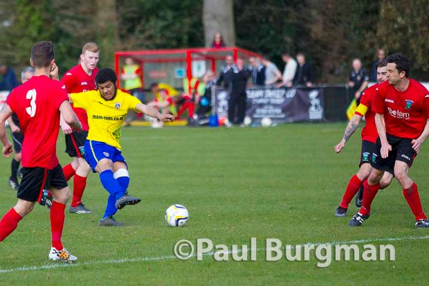 10/04/2015. Knaphill FC v Guildford City.  City's Dan STEWART scores