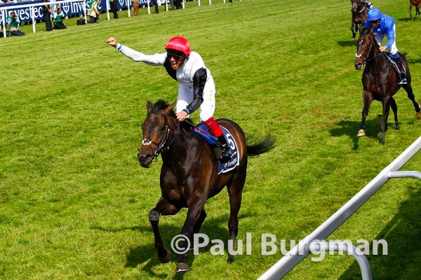 06/06/2015. Epsom Races. Frankie Detorri wins the Derby
