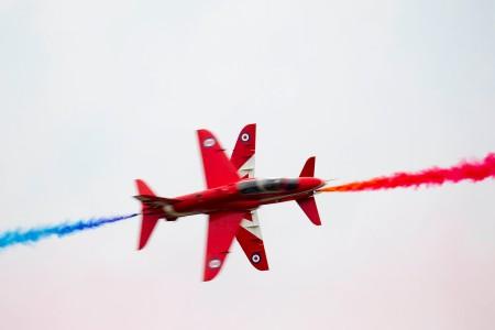 28/08/2015.  Wings & Wheels. Red Arrow Synchro Pair