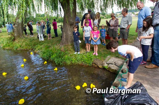 29/08/2016. Duck Racing in Amersham