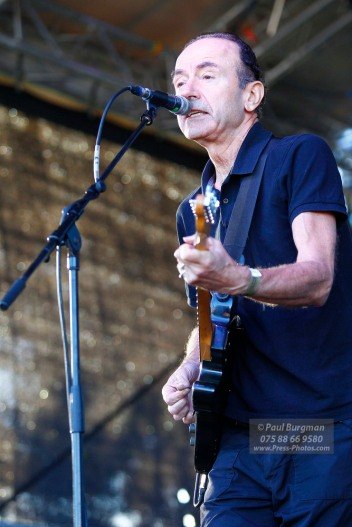 11/09/2016. Always The Sun Festival. Hugh Cornwell on Stage