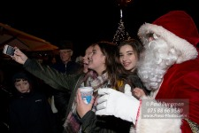 19/11/2016. Cranleigh Christmas Lights. A selfie with Santa