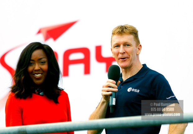 15/07/2016. Farnborough International Airshow. Tim Peake speaks to the crowd