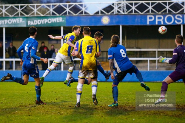 14/01/2017.  Farnborough v Barton Rovers. Sam PEARCE hits the woodwork
