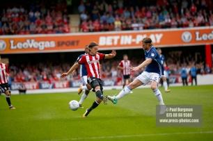 12/08/2017 Brentford v Nottingham Forest at Griffin Park. BrentfordÕs Lasse VIBE
