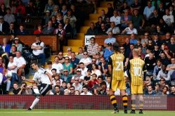 19/08/2017 Fulham v Sheffield Wednesday. Fulham's Rui FONTE free kick