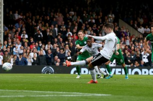 14/10/2017. Fulham v Preston North End. Action from the Sky Bet Championship. FulhamÕs Oliver NORWOOD scores from the spot