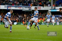28/10/2017. Queens Park Rangers v Wolverhampton Wanderers. Match action from the Sky Bet Championship. QPRÕs Pawel WSZOLEK