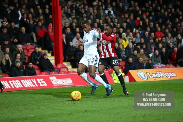02/12/2017 Brentford v Fulham Action from the SkyBet Championship. Brentford's Josh CLARKE battles with FulhamÕs Ryan SESSEGNON