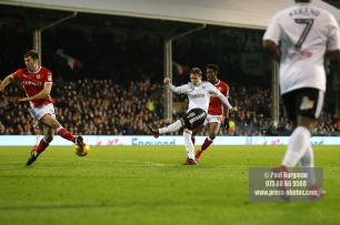23/12/2017. Fulham v Barnsley. Action from the SkyBet Championship at Craven Cottage. FulhamÕs Stefan JOHANSEN shoots
