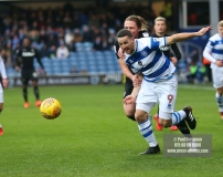 9/12/2017. Queens Park Rangers v Leeds United. Action from the SkyBet Championship QPRÕs Conor WASHINGTON battles