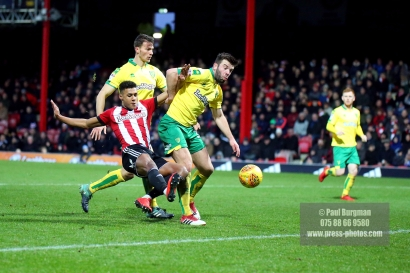 27/01/2018. Brentford FC v Norwich City. SkyBet Championship Match Action from Griffin Park Brentford's Ollie WATKINS goes close