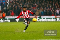 10/02/2018. Brentford v Preston North End. SkyBet Championship Match Action from Griffin Park. Brentford's Florian JOZEFZOON crosses