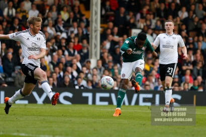 14/04/2018. Fulham v Brentford. SkyBet Championship Action from Craven Cottage. Brentford's Florian JOZEFZOON shoots