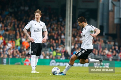 14/04/2018. Fulham v Brentford. SkyBet Championship Action from Craven Cottage. FulhamÕs Aleksandar MITROVIC takes free kick