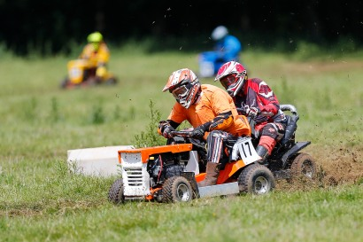 22/06/2019 From Paul Burgman/Press-Photos.com. Action from the British Lawn Mower Racing from Newdigate, Surrey. Richard Davies (17)